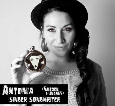 Antonia Vai